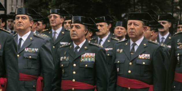 Enrique Rodríguez Galindo, general of the Civil Guard Rodríguez Galindo among other officers in a Civil Guard parade