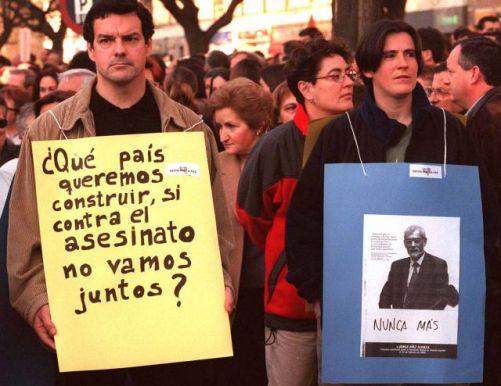 El Correo, Vitoria-Gasteiz, 26 de febrero de 2000